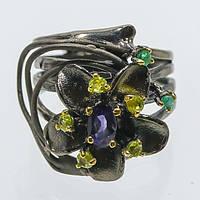 """Оригинальный перстень """"Барвинок """" с  иолитом, хризолитами и изумрудами  ,  от студии LadyStyle.Biz, фото 1"""