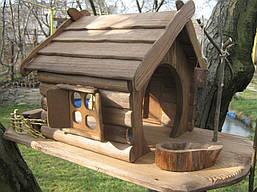 Кормушка-домик для птиц