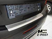 Накладка на бампер с загибом Peugeot 208 с 2013-
