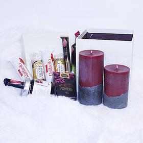 Подарочный набор со свечами и сладостями №2