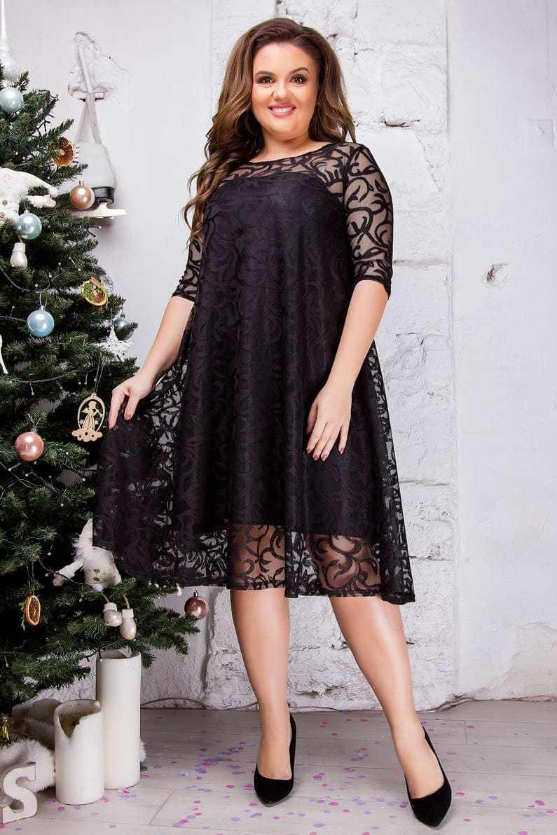 Женское гипюровое платье черного цвета 8283