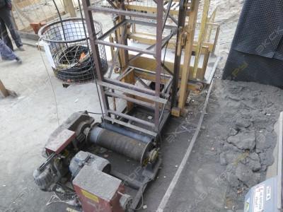 Грузовой строительный мачтовый подъемник от производителя