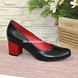 Женские черные кожаные туфли на невысоком устойчивом каблуке, фото 2