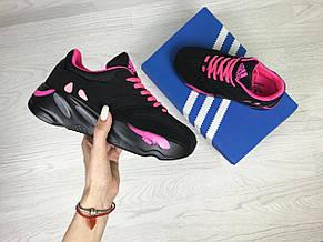 Модные женские кроссовки Adidas x Yeezy Boost 700 Black/Pink (реплика), фото 3