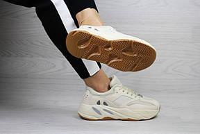 Модные женские кроссовки Adidas x Yeezy Boost 700 Beige (реплика), фото 3