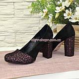 Туфли замшевые на высоком устойчивом каблуке, цвет черный/бордо, фото 3
