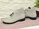 Черевики замшеві туфлі на невисокому каблуці, колір сірий, фото 4