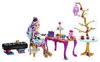 Кукла Ever After High Madeline Hatter Hat-Tastic Party Эвер Афтер Хай Меделин Хеттер с набором Чайная Вечеринк