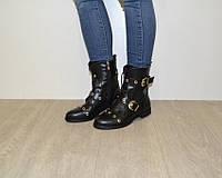 Женские демисезонные ботинки на низком ходу