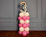 """Композиция с воздушных шариков """"Стойка с цифрой """"3"""" (бело-розовая), фото 4"""