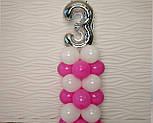 """Композиция с воздушных шариков """"Стойка с цифрой """"3"""" (бело-розовая), фото 7"""