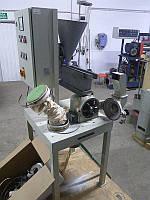 Б/у универсальная лабораторная мельница дезинтегратор Pallmann модель REF L18. привод 3.2/2.6кВт