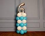 """Композиция с воздушных шариков """"Стойка с цифрой """"6"""" бело-голубая на день рождения мальчику, фото 5"""