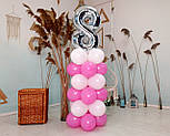 """Композиция с воздушных шариков """"Стойка с цифрой """"8"""" (бело-розовая), фото 6"""