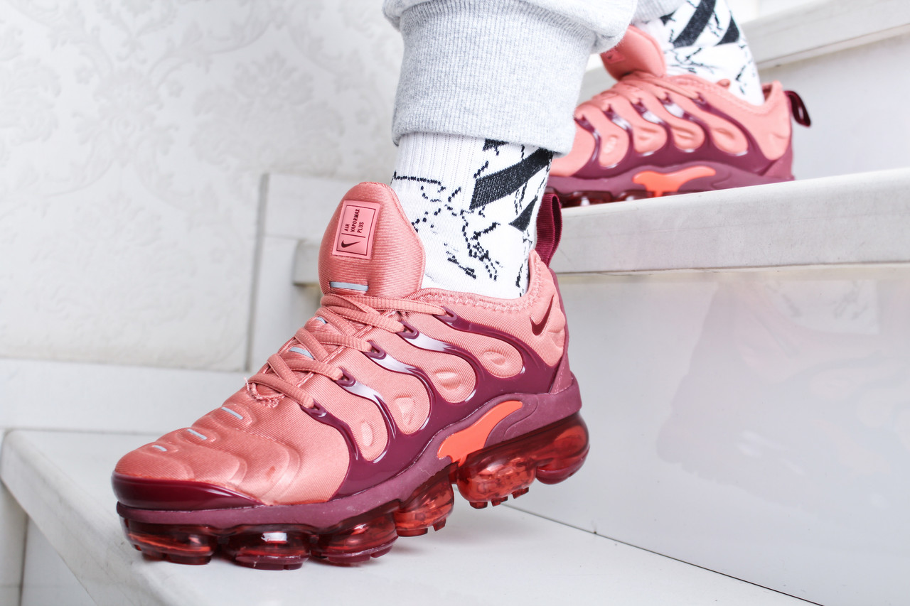 best sneakers 6069b acb32 Кроссовки женские Nike Air VaporMax Plus