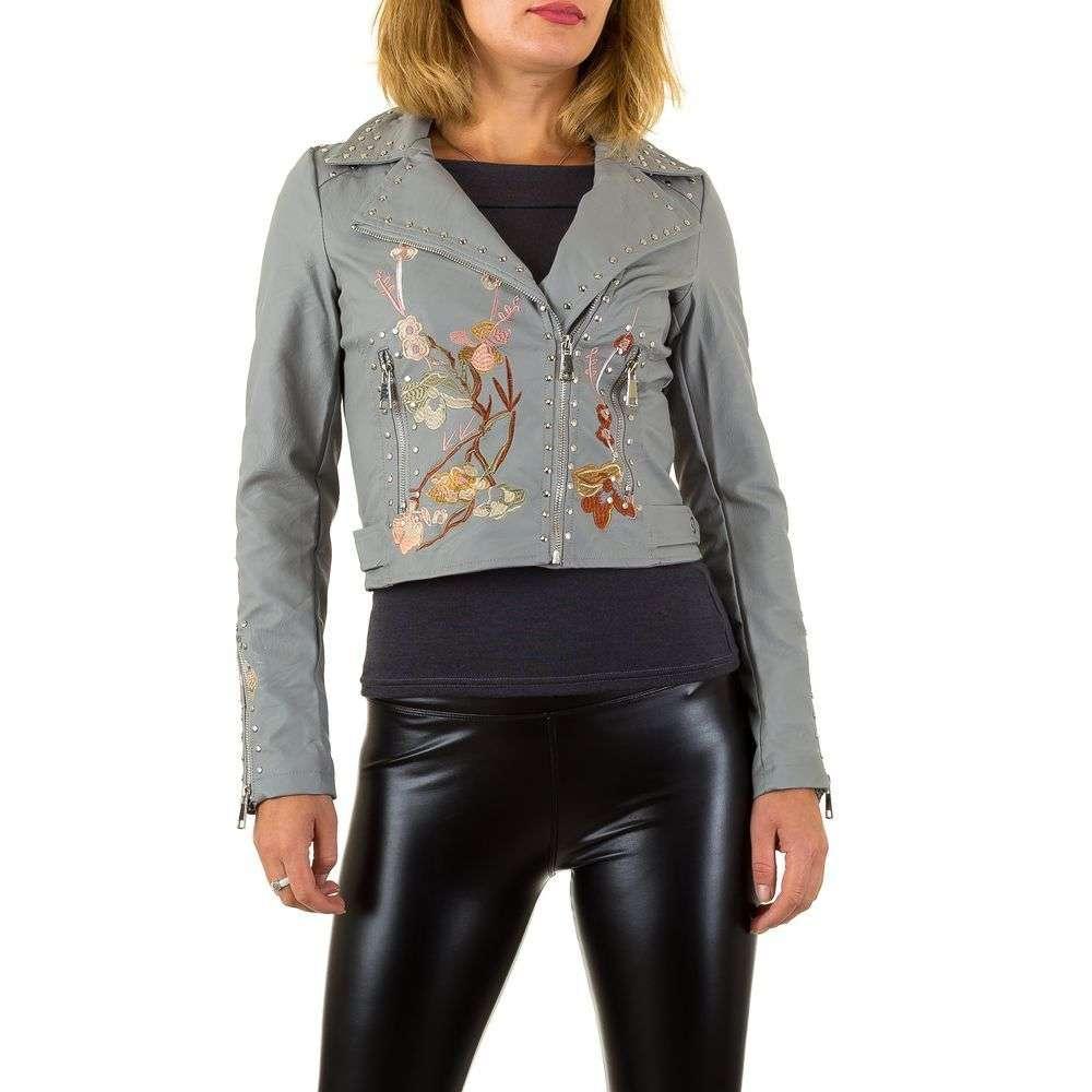 Куртка из экокожи с цветочной вышивкой и заклепками (Европа), Серый