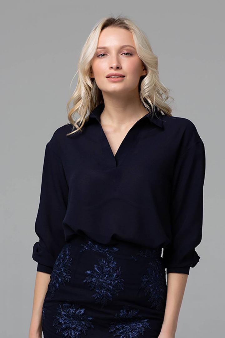eda00222c03 Блуза с отложным воротником PERI темно-синяя  O V - Я в шоке