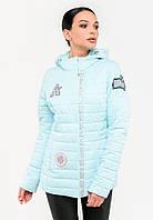 Демисезонная женская короткая куртка с нашивками в нежных оттенках Modniy Oazis голубая 90279, фото 1