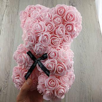Мишко з штучних 3D троянд 25 см рожевий в подарунковій коробці подарунок на 8 березня мамі дівчині