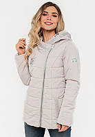 Женская демисезонная короткая куртка косуха с капюшоном Modniy Oazis белая 90281/2