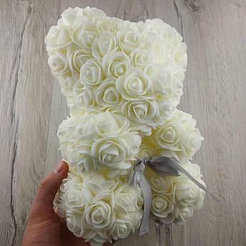 Мишко з штучних 3D троянд 25 см білий в подарунковій коробці подарунок на 8 березня мамі дівчині