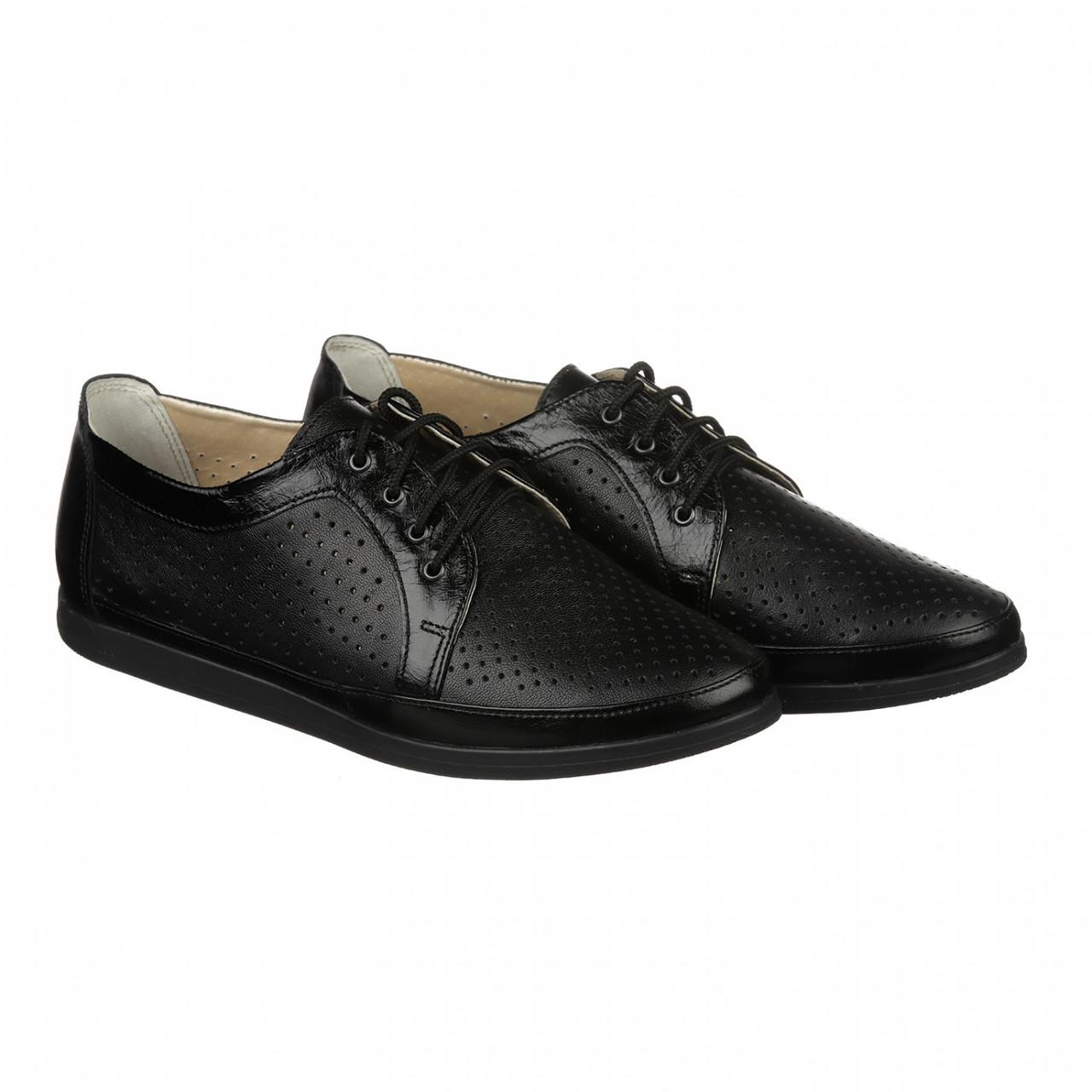 Чорні туфлі з перфорацією - Интернет-магазин