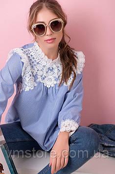 Блузка з гипюровыми вставками