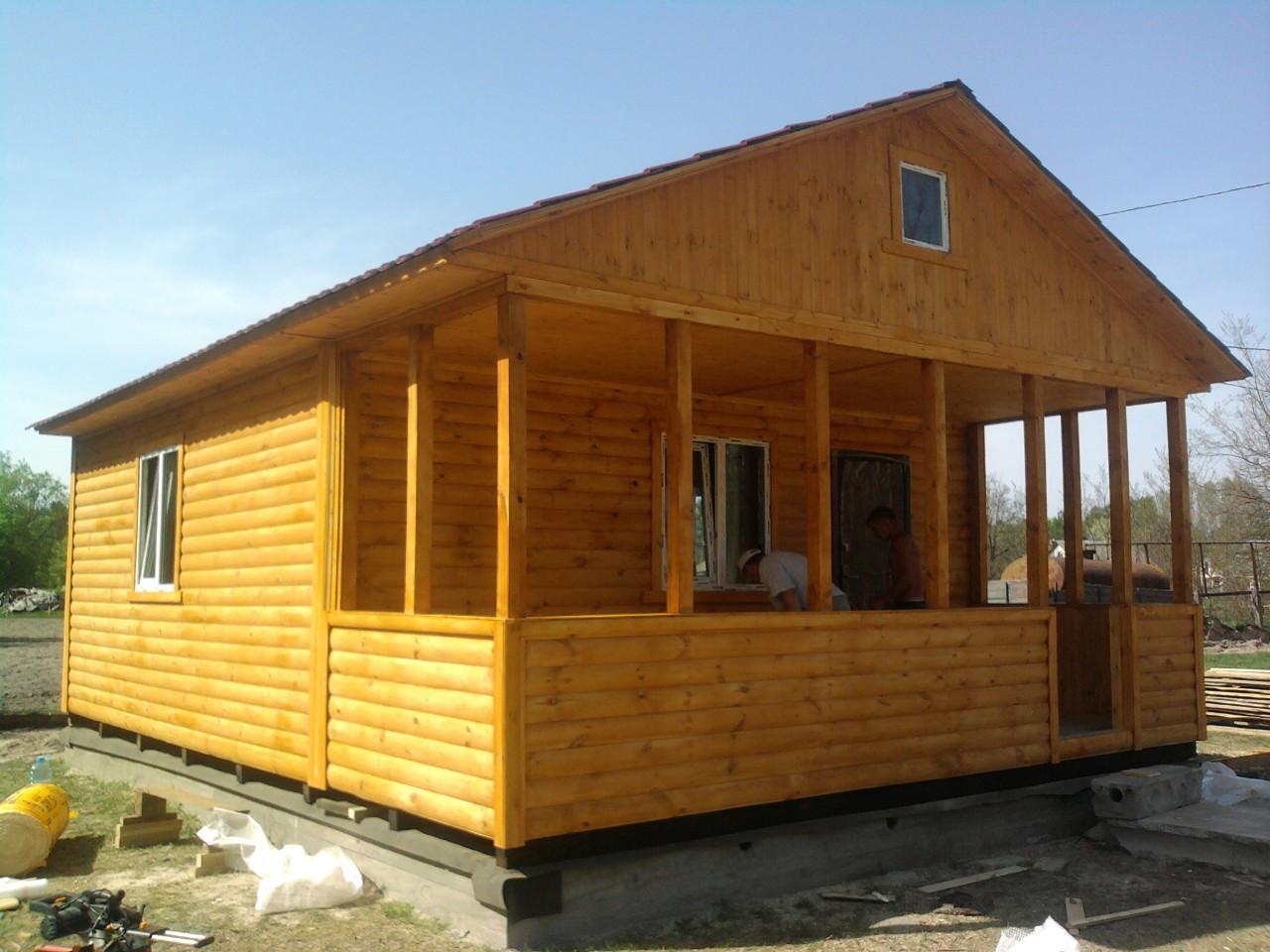 Дачний будинок 6м х 6м з блокхаус з терасою