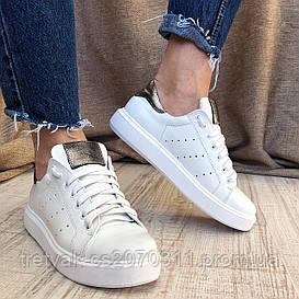Женские кроссовки кеды белого  цвета на белой подошве