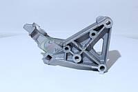 Кронштейн двигателя правой опоры ВАЗ 2110-12 (8клап.) гусак 21100-100115710 (пр-во АвтоВАЗ)