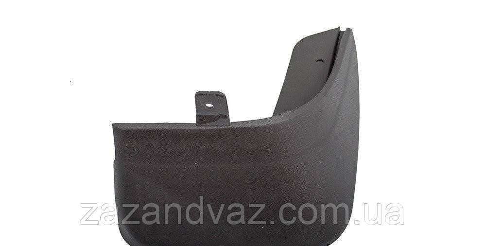 Бризговики задній пластиковий правий Ланос Lanos Сенс Sens Корея 96303032