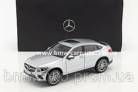 Модель Mercedes-Benz GLC Coupé, Diamond Silver, 1:18 Scale