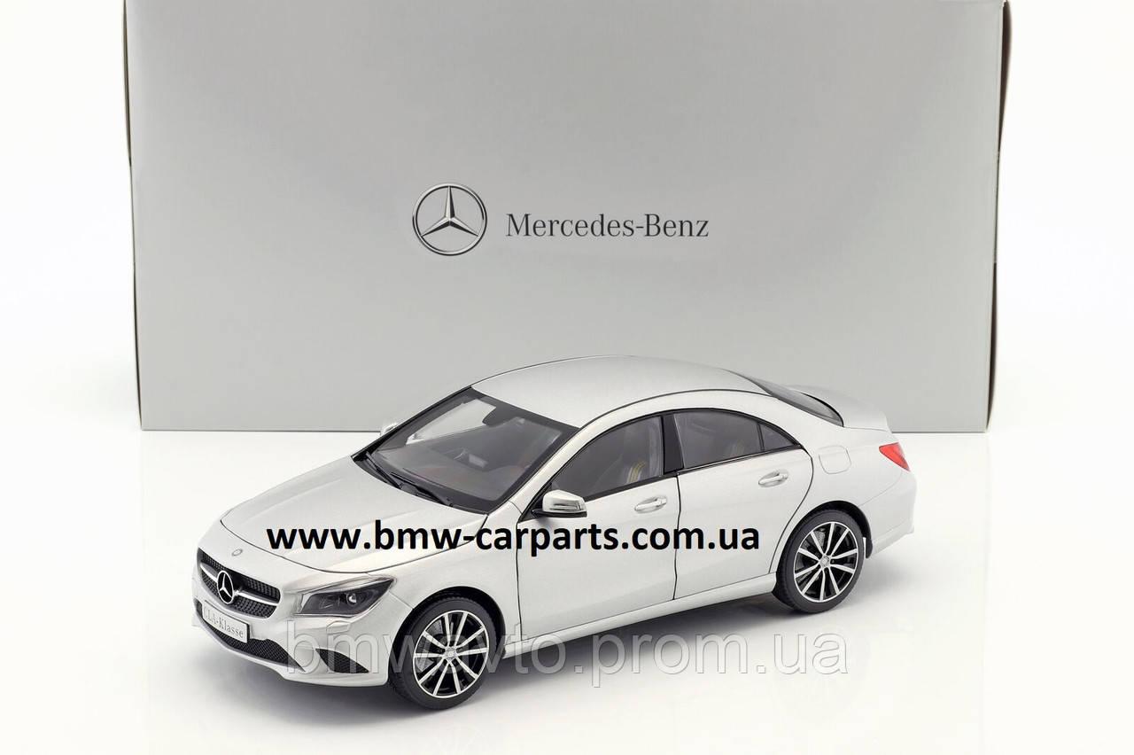 Модель Mercedes-Benz CLA-Class Designo Polar Silver Magno, 1:18 Scale, фото 2