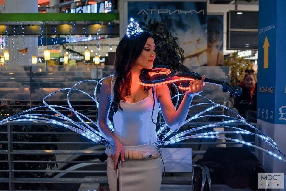 Неоновая скрипка