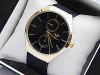 Кварцевые наручные часы Emporio Armani золотистого цвета с черным циферблатом, на каучуковом ремешке, фото 1