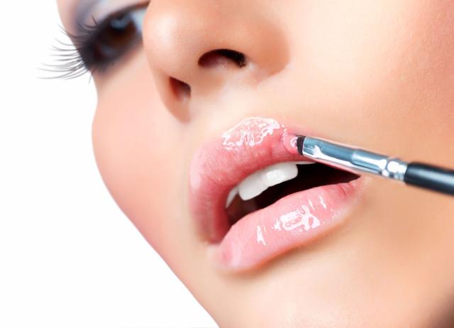 декоративная косметика для губ