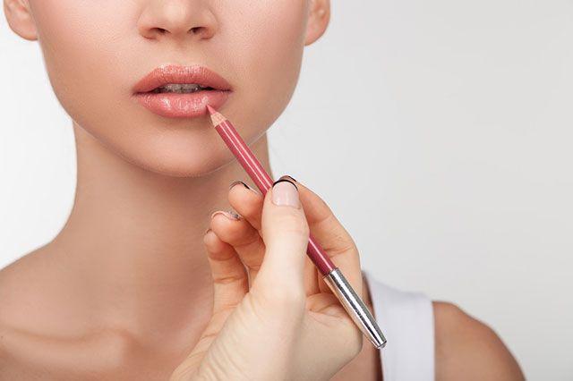 карандаш для губ для контура