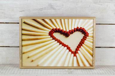 Поднос на подушке BST 46*32 деревянный сердце из спичек