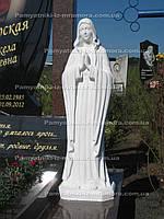 Религиозная статуя на кладбище № 4