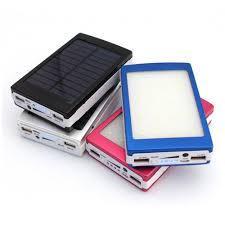 PowerBank на сонячних батареях червоного кольору.Solar power bank 30000 mAh,зарядка на сонячній батареї
