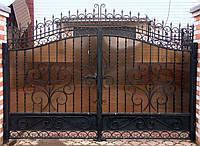 Металлические ворота с ковкой