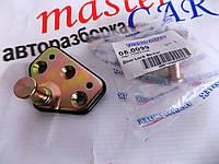 Палец замка средний боковойсдвижной двери НОВЫЙ (фиксктор,зацеп)  Рено Мастер Renault Master 2003-2010