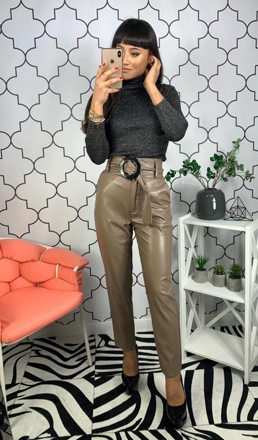 Кожаные женские брюки с высокой посадкой (в расцветках)