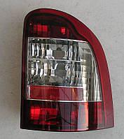 Ford Mondeo 2 Вагон оптика задняя красная