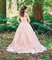Платье, пудра.