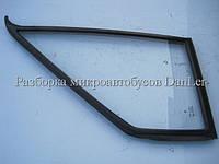 Форточка (треугольник) двери Мерседес Спринтер 95-06 б/у (Mercedes Sprinter)