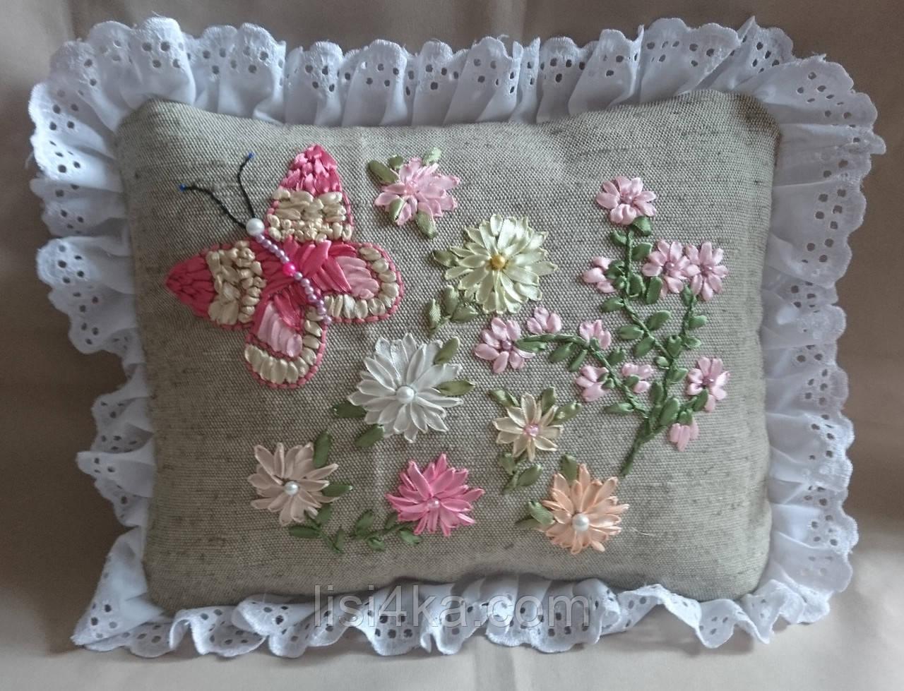 """Интерьерная подушка """"Нежные цветы"""""""