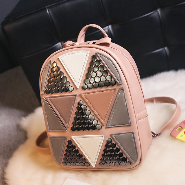Женский рюкзак треугольники персиковый
