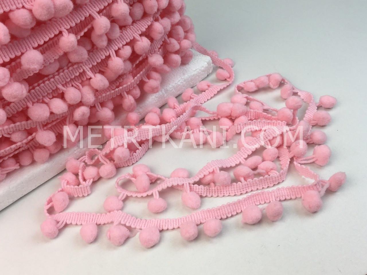 Тесьма с помпонами розового цвета d10мм