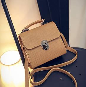 Жіноча маленька сумочка на металевій заклепці коричнева, фото 2